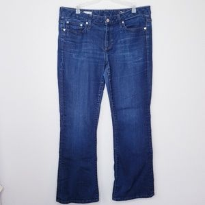 GAP Long and Lean bootcut jeans size 31